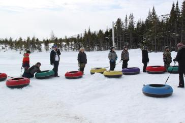 So much fun at the tubing hill ! Photo by Miss Valerie.