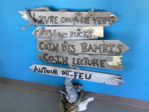 Un bout de notre nouvelle bibliothèque scolaire. Photo par Karine Dubé.
